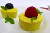Image shows a low-calorie, frozen creamy bite as described in this recipe on CALMERme.com
